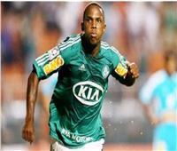 البرازيلي باتريك فييرا يقترب من الانضمام لـ«الدراويش» في الموسم المقبل