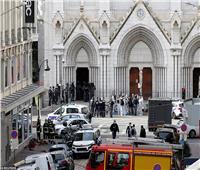 بالفيديو| تأبينا لضحايا هجوم نيس.. كنائس فرنسا تقرع أجراسها في نفس الوقت