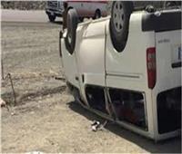 انقلاب سيارة ميكروباص بالخصوص وإصابة 7 أشخاص