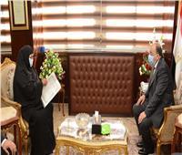 وزير التنمية المحلية يوجه بدفع رسوم التصالح لمنزل مسنة بسوهاج