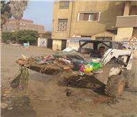 رفع تجمعات القمامة بـ«الشهداء»..ونقلها لمصانع التدوير في المنوفية