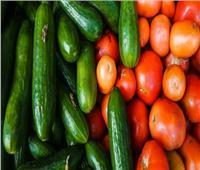 لسيدات البيوت.. لا تضعي «الطماطم والخيار» في الثلاجة