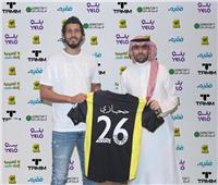 «حجازي» يختار رقم قميصه في اتحاد جدة ويستعد للديربي