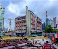 صنع في الصين.. آلة تنقل مبنى مكون من 5 طوابق
