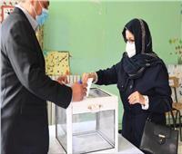 الرئيس الجزائري يدلي بصوته في الاستفتاء الدستوري بـ«الإنابة»
