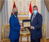 وزير الدولة للإعلام يبحث مع نظيره الأردني سبل التعاون