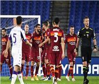 روما يفوز بثنائية على فيورنتينا في الدوري الإيطالي