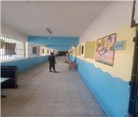 صور| إدارة القاهرة الجديدة تواصل تعقيم المدارس للوقاية من كورونا