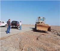 جهود مكثفة لإعادة فتح طريق الغردقة- القاهرة