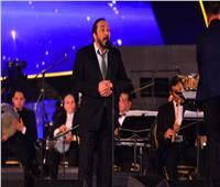 علي الحجار يختتم حفل مهرجان الموسيقى العربية بـ«بوابة الحلواني»