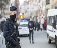 الشرطة الفرنسية: اعتقال رجل مسلح بسكين في وسط باريس