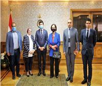 وزير الشباب يلتقي رئيس اللجنة الوطنية لمكافحة الهجرة غير الشرعية