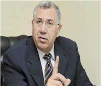 وزير الزراعة يناشد المربين التجاوب مع حملات تحصين الماشية