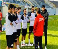 منتخب مصر يؤدي مرانه بمشاركة لاعبي الأهلي | صور