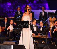كارمن سليمان: أتمنى التعاون مع «تامر حسني».. وأفضل «السينجل»