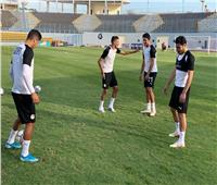 طاهر محمد يخرج من تدريب المنتخب مصاباً
