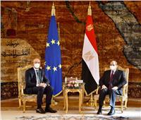 الرئيس السيسي يجتمع مع مستشاره للتخطيط العمراني ورئيس الهيئة الهندسية لإستعراض المشروعات الجارية