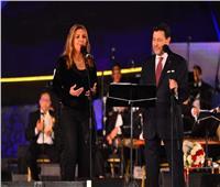 صور   «دويتو» بين هاني شاكر ونادية مصطفى بـ«مهرجان الموسيقى العربية»