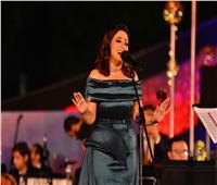 صور| بـ«فيها حاجة حلوة» ريهام عبد الحكيم تتألق بسهرة «الموسيقى العربية»