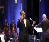 أحمد سعد يُطرب جمهور «الموسيقى العربية» بحفل «كامل العدد»