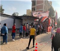 انتخابات النواب 2020   توافد المواطنين أمام مدرسة «سيزا نبراوي» بالقاهرة الجديدة .. فيديو