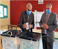 انتخابات النواب 2020| رئيس جامعة المنصورةيدلي بصوته