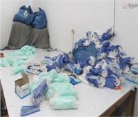 ضبط أكثر من 20 ألف كمامة و1800 عبوة مبيدات حشرية مجهولة المصدر في الإسكندرية