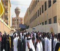 تزايد الإقبال في بئر العبد والشيخ زويد.. وزحام بقلعة الغزل والنسيج