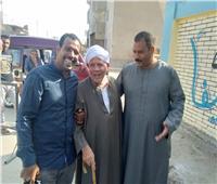 صور | كبار السن والنساء يتصدرون المشهد الانتخابي بالإسماعيلية