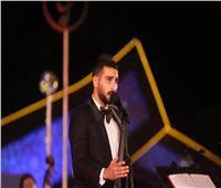 صور  الشرنوبي يجمع بين أغانيه والتراث في ليلة «الموسيقى العربية» السابعة