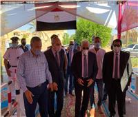 محافظ جنوب سيناء يتابع سير الانتخابات بمدينة الطور
