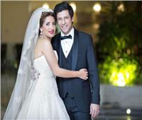 في ذكرى ميلاده| «كانوا أصحاب».. قصة حب إياد نصار وزوجته