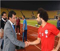 مكالمة هاتفية بين وزير الرياضة ومحمد صلاح.. تعرف على التفاصيل