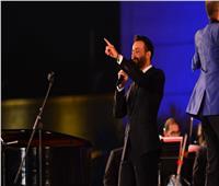 صور| سعد رمضان يختتم حفله بمهرجان الموسيقى بأغنية «على رمش عيونها»