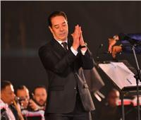 صور | مدحت صالح يُزين ختام حفل مهرجان الموسيقى العربية بـ«ابن مصر»