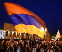 فيديو| اقتحام مقر الحكومة الأرمينية بعد الإعلان عن اتفاق إنهاء الحرب بقرة باغ