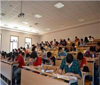 «التعليم العالي» لن نسمح لأي طالب بالتواجد داخل الجامعة بدون ارتداء الكمامة