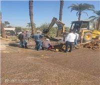 رئيس مدينة مطاى يتابع إصلاح عطل مياه بحى غرب المدينة