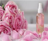 8 فوائد صحية لماء الورد.. أبرزها « علاج حب الشباب والاكتئاب»