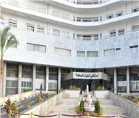 مستشفى القوات المسلحة بالإسكندرية تستضيف خبير عالمي في أمراض الكلى