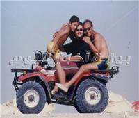 في ذكري رحيله| صور نادرة للساحر «محمود عبدالعزيز»