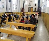 كنيسة القديسة تريزا بالمحلة الكبرى تحتفل بصلاة المسبحة الوردية