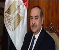 وزير الطيران يكشف تفاصيل تعيين نجله بشركة مصر للطيران