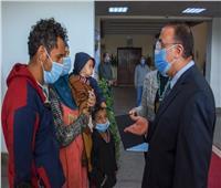 محافظ الإسكندرية يوفر سكنا ومساعدات عاجلة لأسرة بلا مأوى