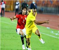 محمد هاني يغادر معسكر المنتخب بسبب الإصابة