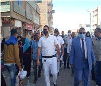 تحرير 35 محضرًا وتنفيذ 295 إزالة إدارية خلال حملة على الأسواق بالمنيا