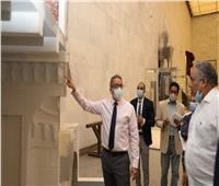 شاهد | جولة وزير السياحة والآثار في «متحف الحضارة» بالفسطاط