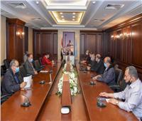 محافظ الإسكندرية يوجه بتشديد إجراءات مواجهة «كورونا» والأمطار
