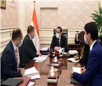 رئيس الوزراء يتابع مستجدات تطوير أسطول مصر من السفن التجارية