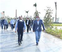 الرئيس السيسي يتفقد عددا من المواقع الإنشائية بالعاصمة الإدارية الجديدة .. صور
